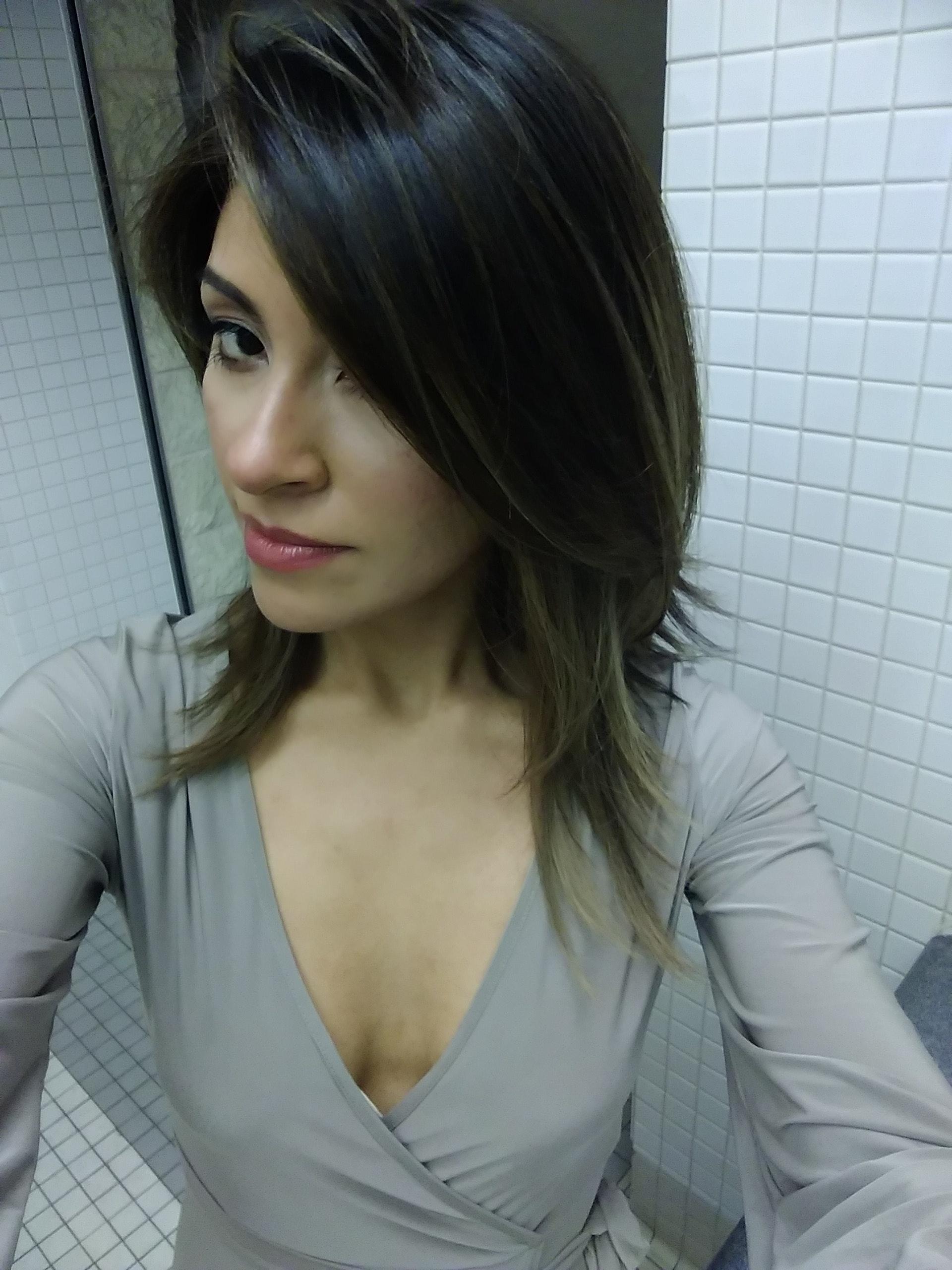 Vanessa Valentin's Model portfolio