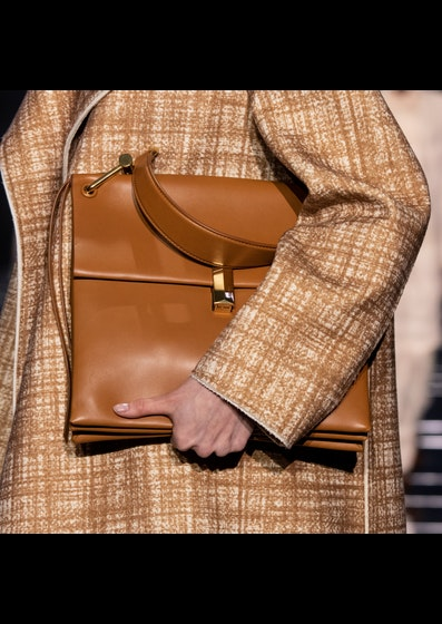 Hugo Boss FW2019 Details and Accessories