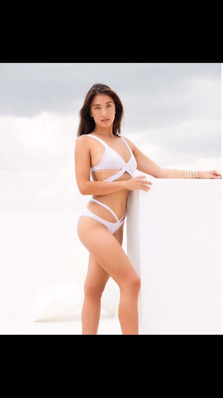 Aria Leialoha Fleming's Model portfolio