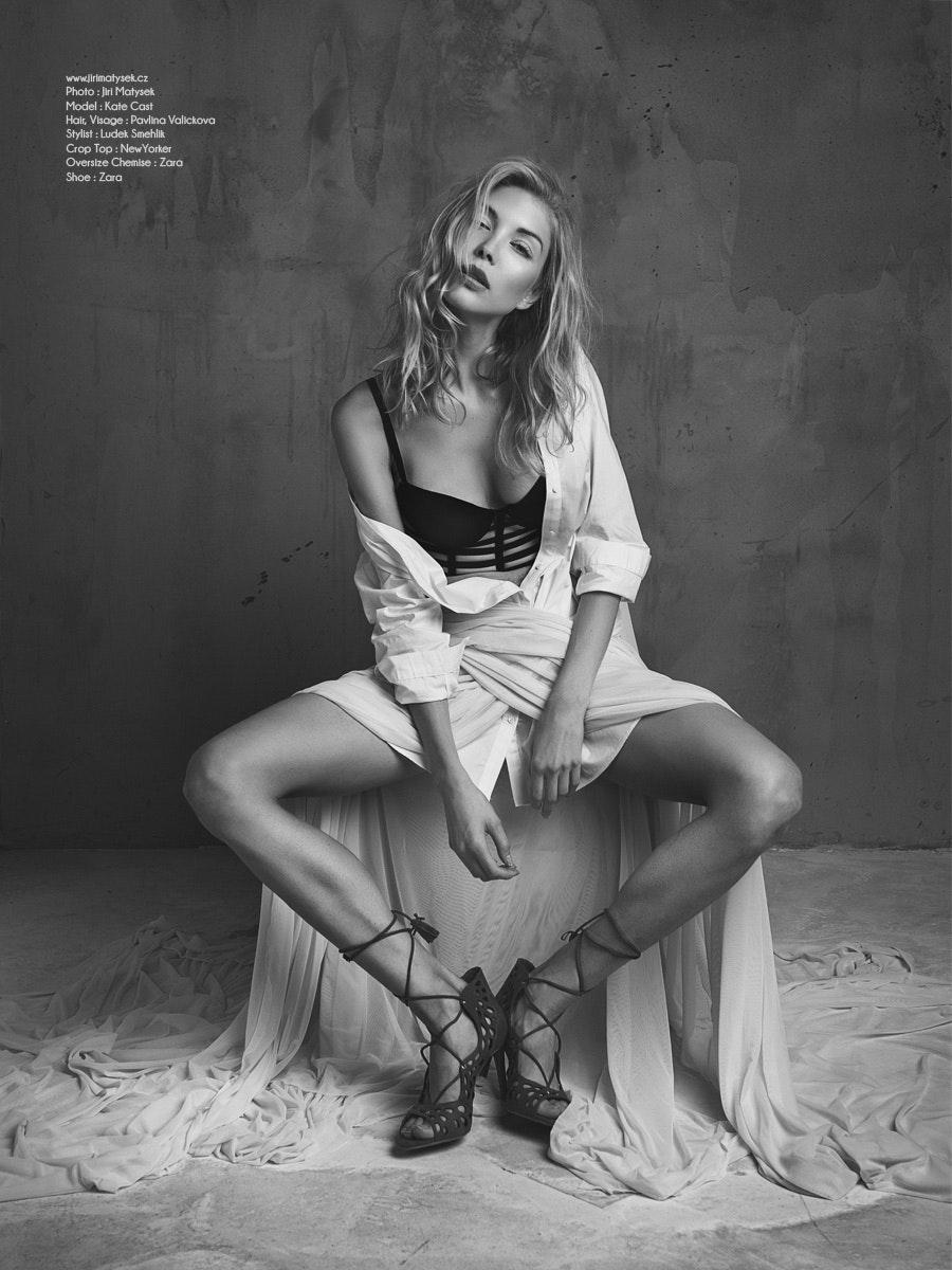 Kate Cast's Model portfolio