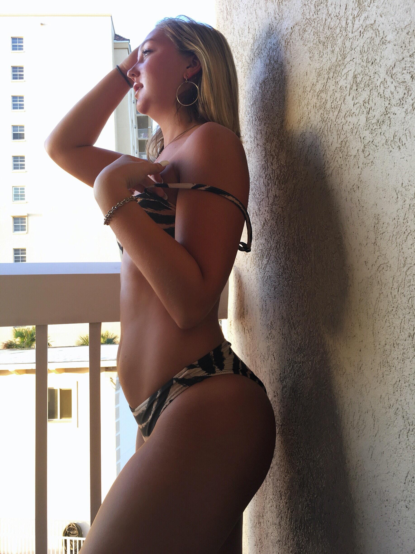 Allyson Clar's Model portfolio