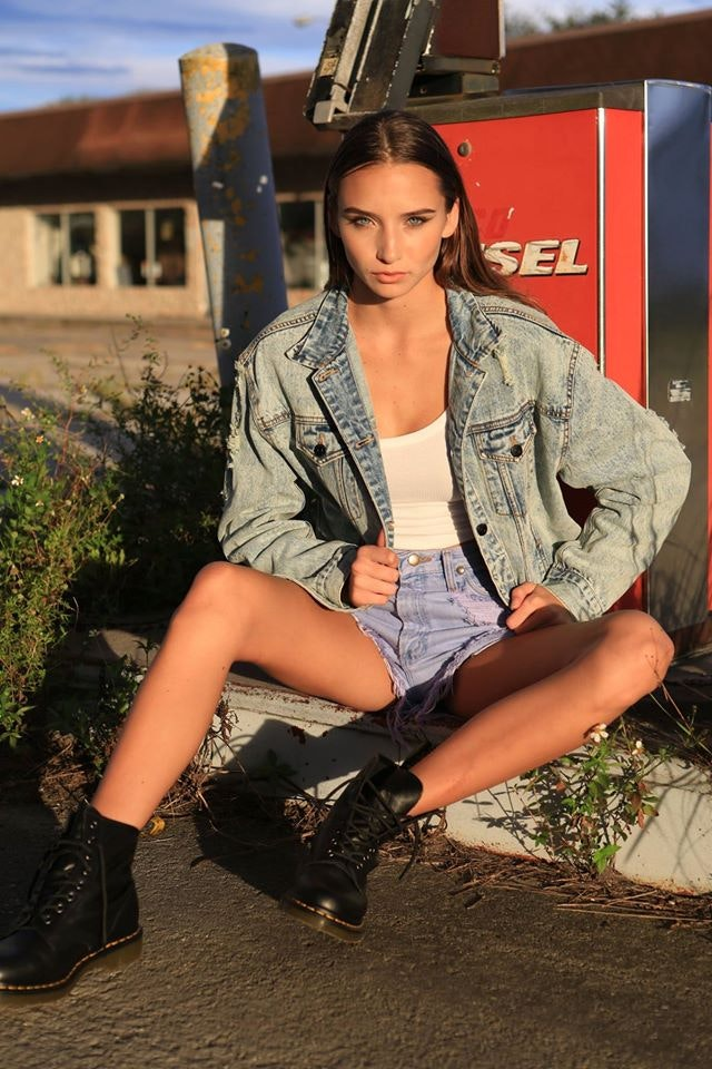 Alexis Beaulieu's Model portfolio