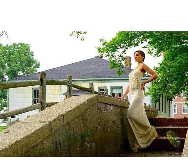 Luz Morillo's Model portfolio