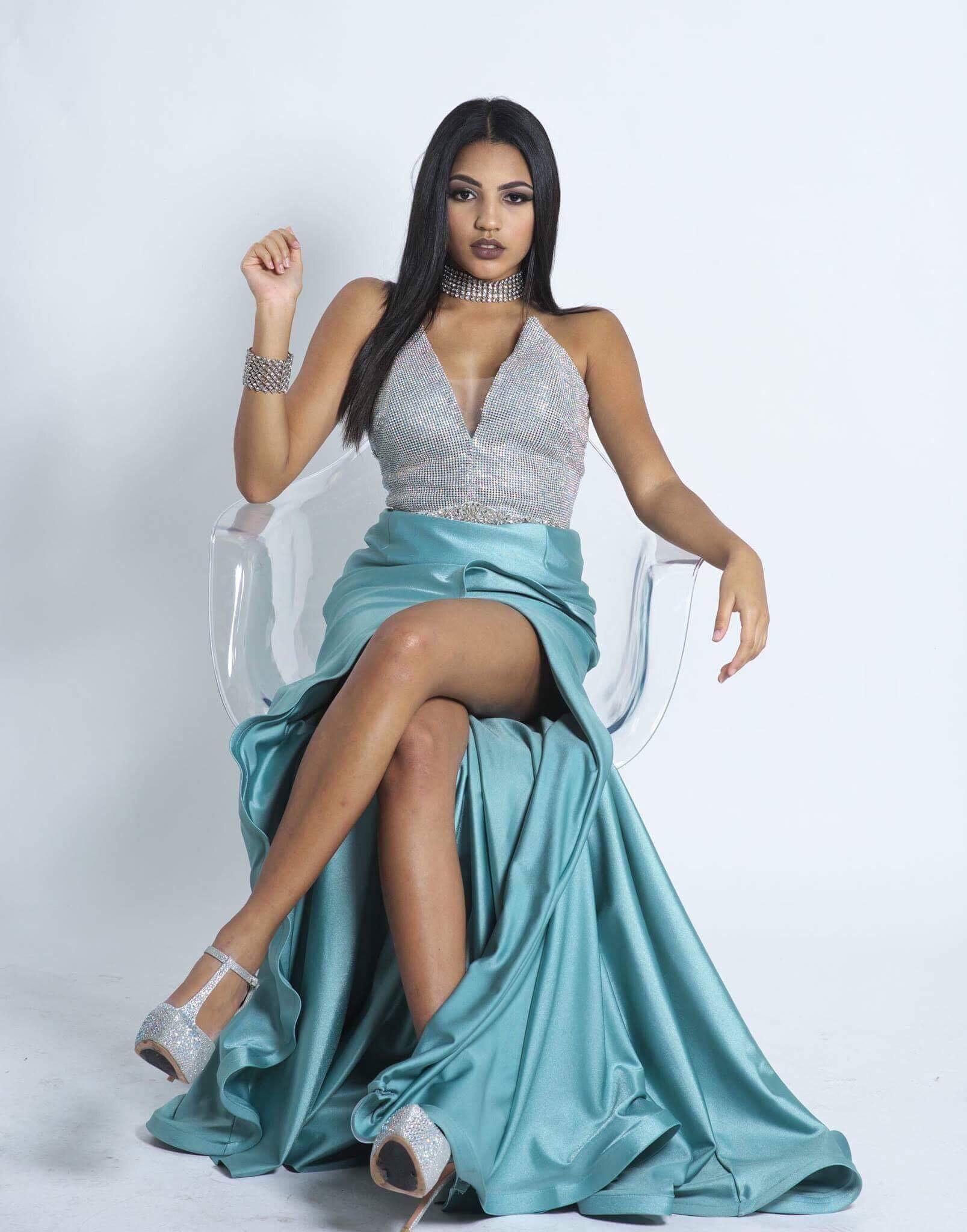 Susan Diaz's Model portfolio